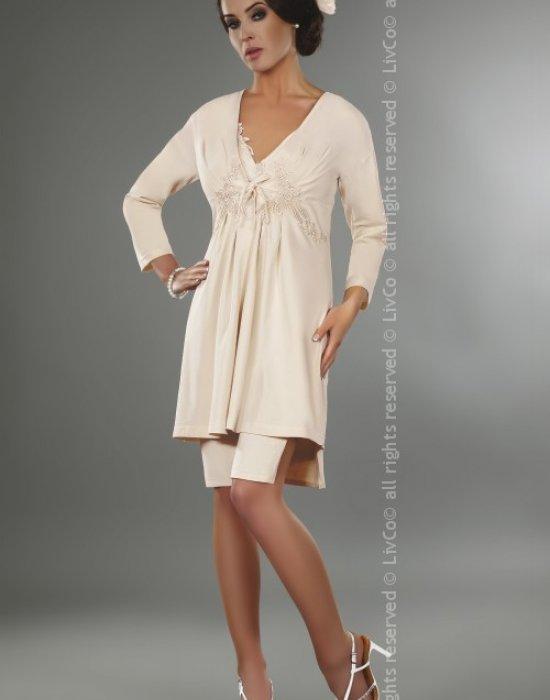 Елегантен халат с красива дантела Suri, LivCo Corsetti Fashion, Халати - Modavel.com